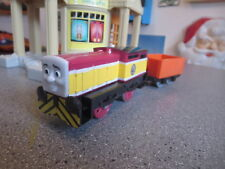 THOMAS AND FRIENDS MOTORIZED ENGINE AND COAL CAR CLEAN