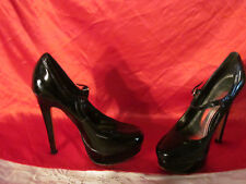 Bakers Ladies Black Spiked Platform Shoes Size 6 Meredith