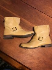 Womens Sugar Boots Size 10 Lower Calf Height