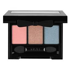 NYX Love In Rio Eye Shadow Palette color Sway With Lola ( LIR13 )