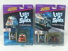 Lost in Space Johnny Lightning Space Pod and The Chariot Diecast Vehicles 1:64