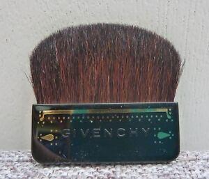 GIVENCHY Blush / Bronzer Brush, travel size, Brand New!