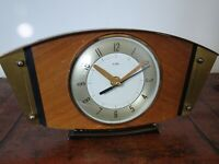 Vintage Mid Century Metamec Oak & Brass Panel Mantel Clock with Quartz Mechanism