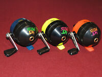 Lot of 3 Really Nice Zebco Hot Reels Spincast Reels, All Work Great, Right Hand