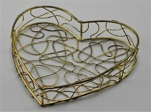 "Gold Tone Wire Spaghetti Metal Heart Shape Box / Basket Vintage 5.5"" x 5.5"" X 1"""
