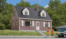 3774 Walthers Cornerstone Brick Cape Cod House HO Scale
