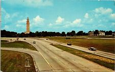 View of Beautiful New Expressway Into Baton Rouge Louisiana Vintage Postcard