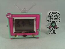 RARE Pixel Chix Pink TV Toy Wth Figure Remote Control 2007 Mattel Fully Working