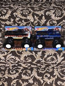 Two Hot Wheels Bigfoot Ford Monster 1:24 Truck Lot New