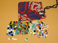 VINTAGE TOY GAME BAG OF 163 OLD MARBLES