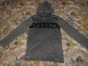 NIKE AIR JORDAN Boy's Pullover Hoodie Shirt Size 10/12