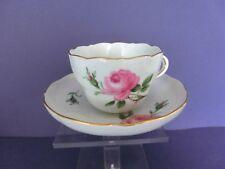 Meissen Kaffeetasse Tasse rote Rose Form Neuer Ausschnitt !!!