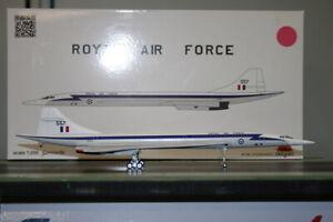 Inflight200 1:200 RAF Concorde XT557 (IFCONCRAF01) Die-Cast Model Plane