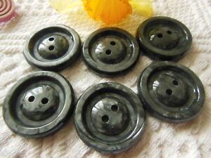 lot 6 boutons vintage rouge travaillé  à pied diamètre 2,2 cm ref 3317