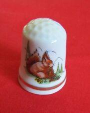 Dé a coudre de collection en porcelaine ANDORRA ÉCUREUIL