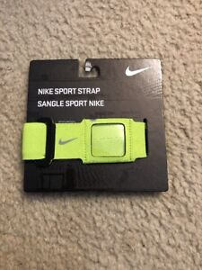 NWT Nike Sport Strap Home screen, volume, ear phone port accessible Yellow 81468