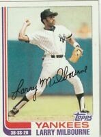 FREE SHIPPING-MINT-1982 Topps #669 Larry Milbourne Yankees PLUS BONUS CARDS