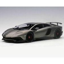 Autoart Lamborghini Aventador LP750-4 SV 1:18 74554 Grigio Titans / Matt Grey