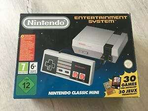 Nintendo Entertainment System NES Classic Mini 30 Games Boxed Great Condition