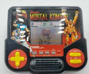Vintage Mortal Kombat Midway Tiger Electronics LCD Video Game WORKS