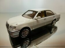 J COLLECTION TOYOTA CROWN - WHITE 1:43 - EXCELLENT - 30