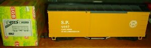 LGB 4067 G SCALE Southern Pacific Yellow Boxcar