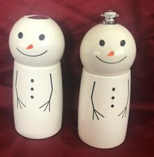 William Sonoma Snowman Salt and Pepper Set NWT