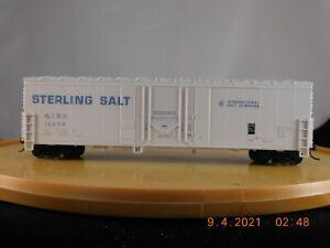 Walthers HO Scale 50' Plug Door Boxcar Sterling Salt
