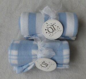 2 baby boys fleece blankets blue/white size 75 cm x 75 cm