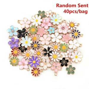 40 pcs Assorted Mixed Enamel Alloy Daisy Flowers Pendant Charms DIY -Accessories