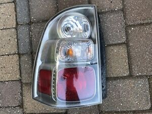 05-09 Saab 9-7X 97x Suv Left Tail Light lamp assembly - LH Driver Side 25865403