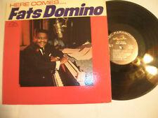 FATS DOMINO NEAR MINT LP -  HERE COMES FATS - ORIGINAL ABC/PARAMOUNT