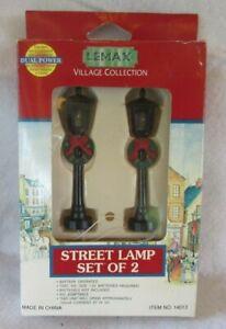Lemax Village Collection Christmas Wreath Decorative Street Lamp Set of 2 NIB
