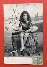 CPA. 1904. Enfant. Mer. Jeux de Sable. Râteau. Arrosoir.