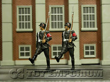RETIRED Collector's Showcase 1:30 Scale Berlin 38' Series Deluxe LAH Guards (2)