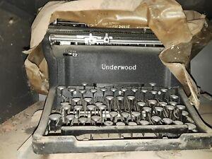 Vintage Underwood Typewriter Serial Number S5466435-11
