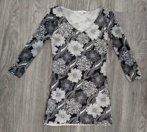 Cabi Floral 3/4 Sleeve V- Neck Tunic Top - Size Medium - Black & White