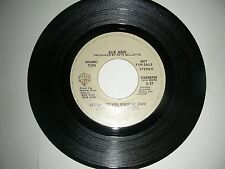Disco Dance Promo 45 Sue Ann - Let Me Let You Rock Me  Warner NM 1981
