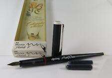 1 Rotring ArtPen Calligraphy Füllfederhalter mit einer F Feder unbenutzt in OVP