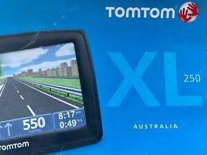 TomTom XL 250 GPS with map coverage for Australia - in good condition