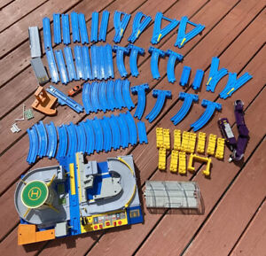 Tomy Tomika Hypercity Mega Train Set Not Complete 71 Pieces 091120 Tested