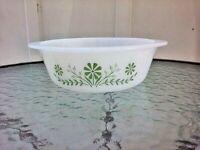 Vtg Glasbake 1.5 Qt Green Daisy Flower Round Casserole Baking Dish 1960s