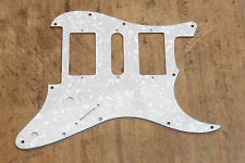 Golpeador Stratocaster HSH Blanco Perlado Pickguard 3 Capas Floyd Rose 3 capas