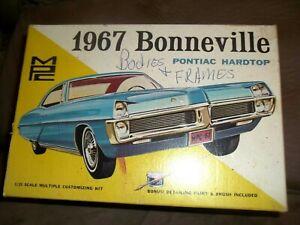 VINTAGE MPC 1967 BONNEVILLE PONTIAC HARDTOP 1/25 TOY CAR MODEL KIT BOX ONLY