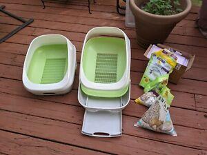Two Breeze System Starter Kit Litter Boxes, Litter Pellets & Pads