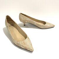 Stuart Weitzman Cindy Pump Size 7.5 Cream Metallic Python Kitten Heel Pointed
