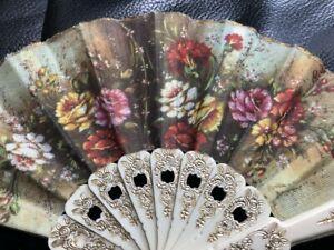 Vintage Beautiful Ladies Hand Held Folding Fan