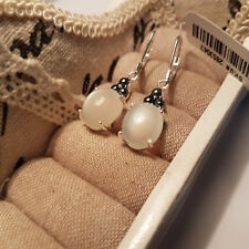 Beautiful Silver Moonstone & Hematite leverback earrings in Sterling silver
