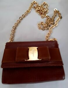 100% AUTH Salvatore Ferragamo Vara Bow Mini Bag. Shoulder/xbody. VGC. Pre-owned.