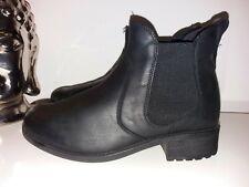 Ladies Black Ugg Boots size 6.5